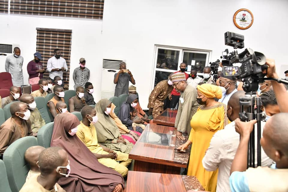 GOVERNOR ABUBAKAR SANI BELLO OF NIGER STATE RECEIVES 53 RELEASED VICTIMS OF KIDNAPPED PASSENGERS OF NSTA BUS