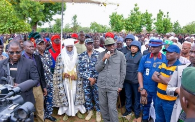 GOVERNOR ABUBAKAR SANI BELLO BOOST MORALE OF SECURITYMEN SET TO CONFRONT BANDITS